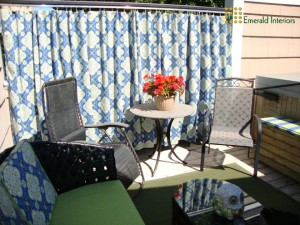Taking it outside...cheerful outdoor room!
